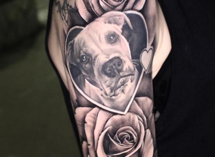 tattoo rosas con perro